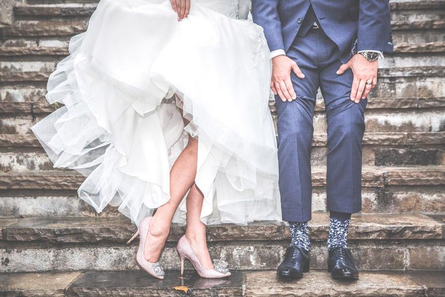 【メンズ編】結婚式に呼ばれたらパーマはOK? 髪型のセットは?