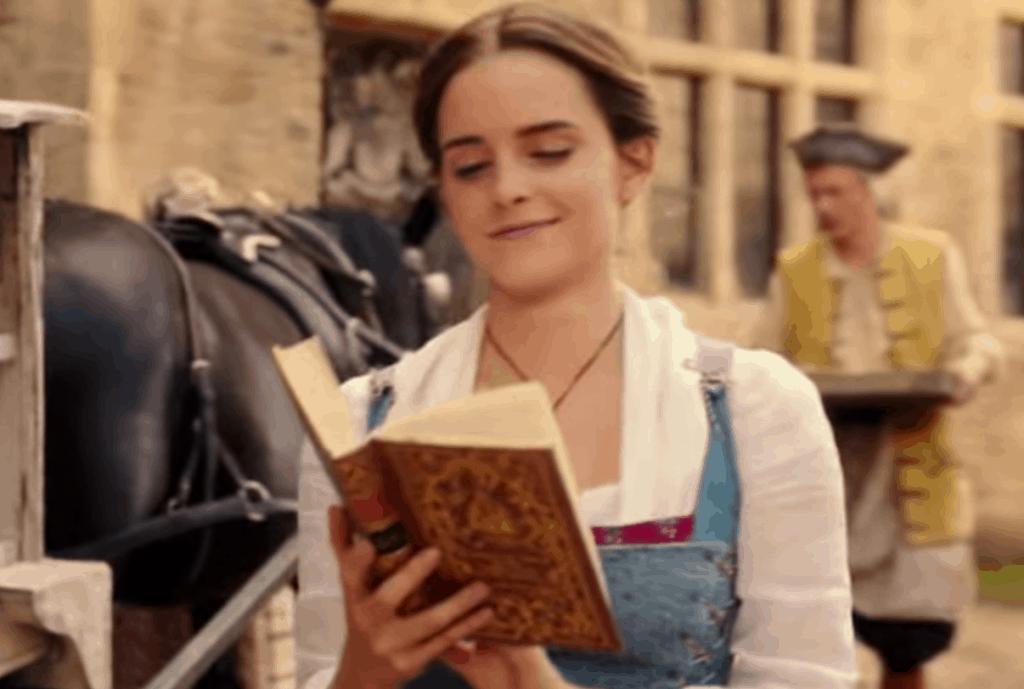 ベルもエマも本が大好き!